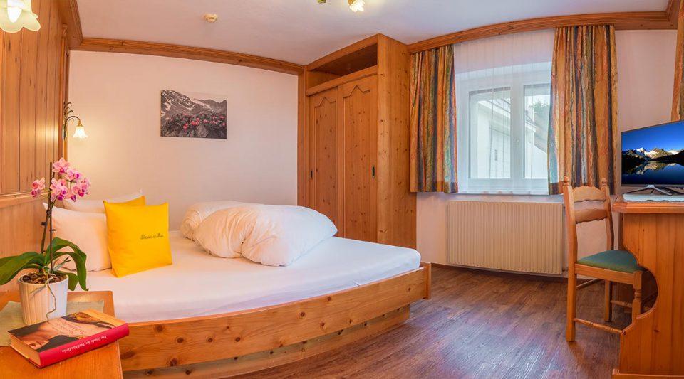 apartment-alpenrose1