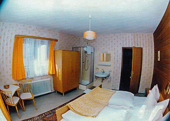 zeitgeschichte2-Pension-am-Rain-Neustift-Stubai-Apartments